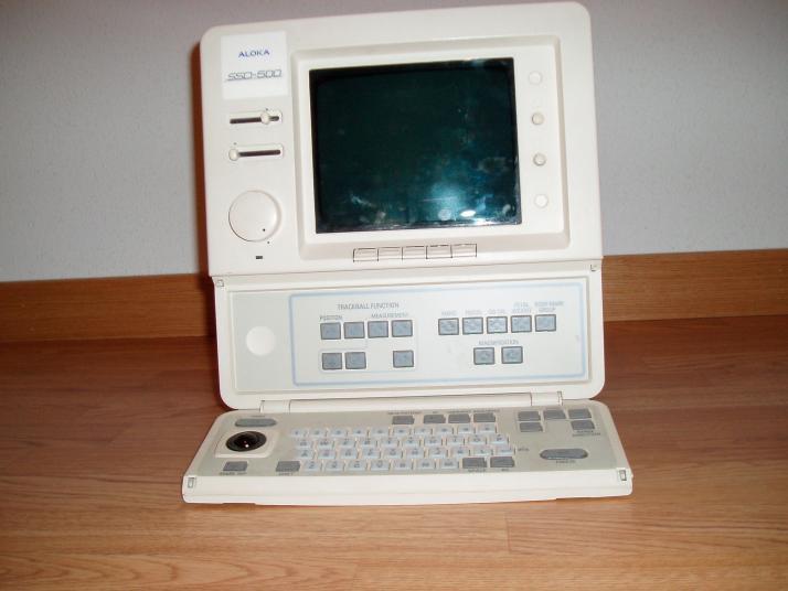 Ecógrafo ALOKA SSD500.