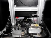 Sistema láser para litografía submicrométrica (Vista posterior)