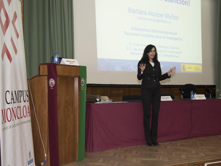 Ayudas para la formación de doctores en empresas Doctorados industriales y Ayudas Torres Quevedo