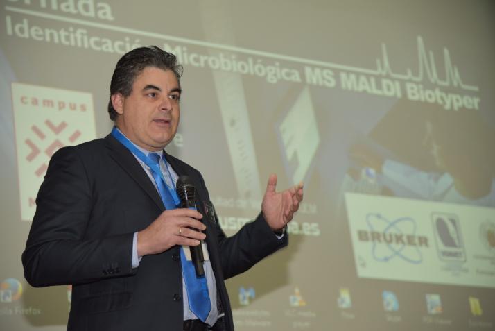 Pedro Cano. Jornada de Identificación Microbiológica por Espectrometría de Masas MALDI Biotyper